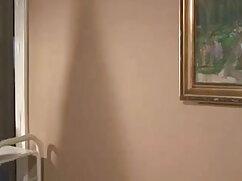 একজন যোগ্যতাসম্পন্ন নার্স হাতে বাংলা চেদা চোদি লাঠি আপ