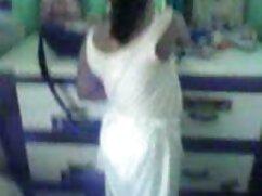 তার বান্ধবী রাস্তায় গাড়ী ঢুকে যখন পিতা ক্রীড়াবিদ অ্যাকাউন্ট চোদা চোদি ভিডিও দিয়ে সাহায্য করার জন্য